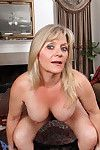 Bobbie jones plays with her pride starved milf slit