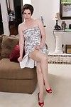 Elderly solo sample Sadie Jones flashing upskirt hip and pipe in red heels