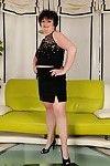 Overweight mature on high heels Leslie Pearl erotic dancing off her costume