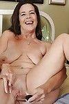 Sweaty grandpa with saggy boobs Tia masturbates her cum-hole with toys