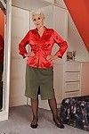 Well toned mature in nylon nylons slipping off her